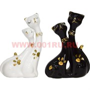 Кошки парочка из фарфора 10,5 см высота (два цвета)