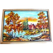 Картина из янтаря в простой темной рамке 23х32