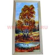 Картина из янтаря в простой светлой рамке 16х27 см