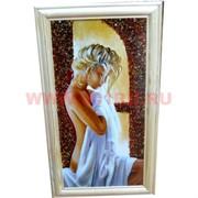 Картина из янтаря в простой светлой рамке 34х52