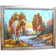 Картина из янтаря в простой темной рамке 25х45