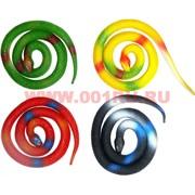 Игрушечная змея резиновая цветная 65 см длина 24 шт/уп