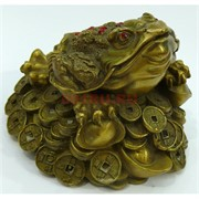 Статуэтка жаба с монетами Феншуй бронзовая