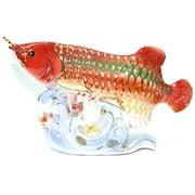 Фигурка фарфоровая «Аравана» красная 16 см
