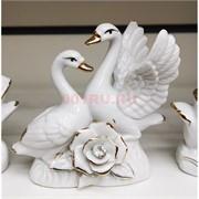 Фигурка фарфоровая «Лебеди 12 см» белые с розой