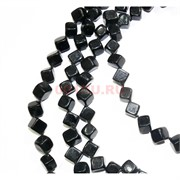 Нитка бусин из черного агата квадратные 31 бусина