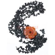 Бусы из черного агата с цветком из сердолика