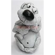 Фигурка собаки с куриной ножкой из мраморной крошки