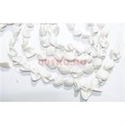 Нитка бусин 18 шт из белой майорки длина 40 см