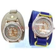 Часы из кожзама Эйфелева башня в ассортименте
