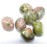 Натуральный минерал зеленая яшма унакит цена за 1 шт