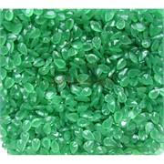 Кабошоны 4x6 зернышки из зеленого цвета