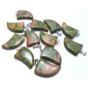 Подвеска «Клык» из зеленой яшмы 3 см
