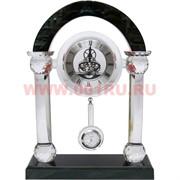 Часы стеклянные с маятником