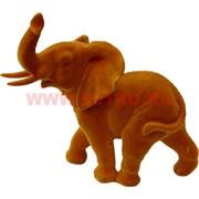Слоник из полистоуна коричневый бархатный 17 см (759)