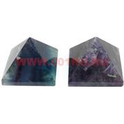 Пирамида из флюорита (2 цвета) средняя 4 см