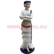 Девушка с повязкой из фарфора (20 см высота)