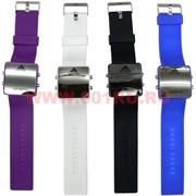 Часы Adidas с подсветкой с силиконовым браслетом, цвета в ассортименте
