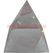 """Кристалл """"Пирамида прозрачная"""" 8 см (для гравировки) в твердой коробочке"""